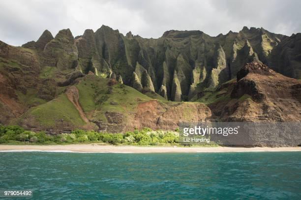 napali coast - liz vega fotografías e imágenes de stock