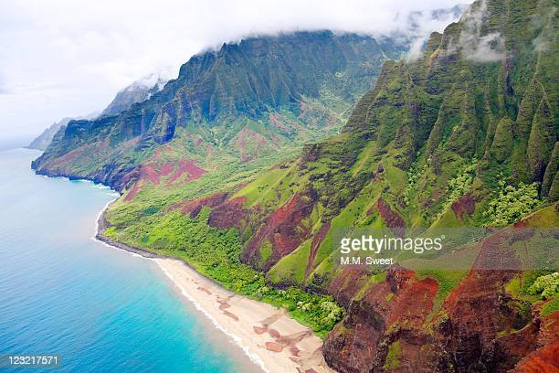 na-pali-coast - na pali coast stock pictures, royalty-free photos & images