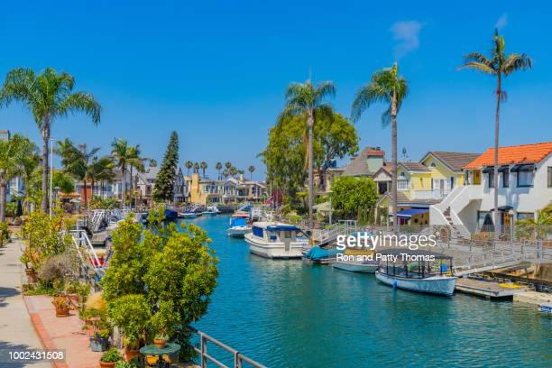 naples beach houses on canal in long beach, california - long beach california stock pictures, royalty-free photos & images