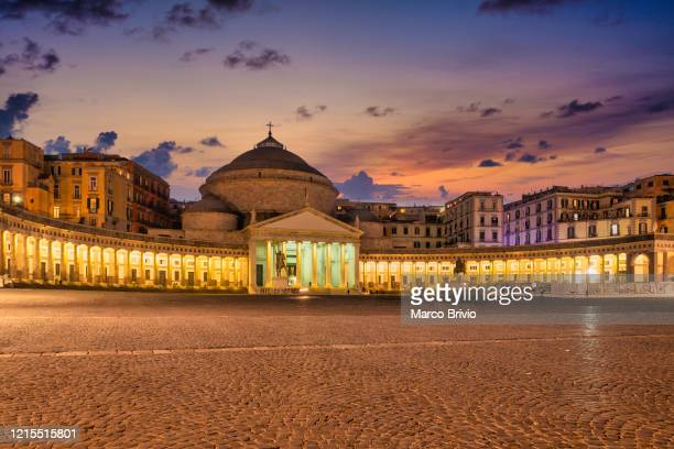 naples italy. piazza del plebiscito and church of san francesco di paola - marco brivio stock pictures, royalty-free photos & images