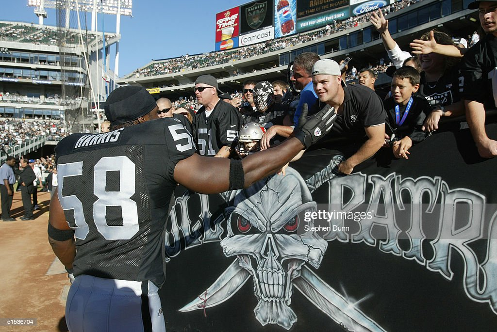Tampa Bay Buccaneers v Oakland Raiders : News Photo