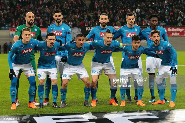 ARENA LEIPZIG SACHSEN GERMANY Napoli Football team pose from top left Napoli's Spanish goalkeeper Pepe Reina Napoli's Spanish defender Raul Albiol...