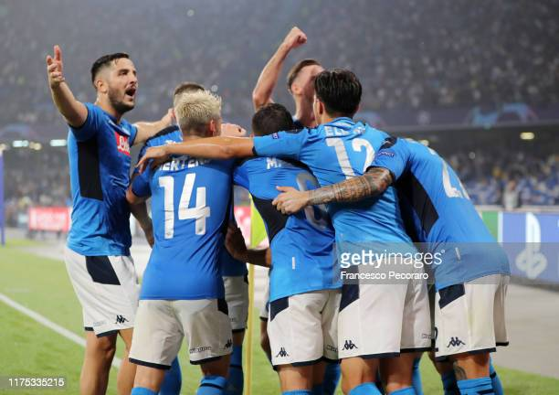 Napoli players celebrates the 2-0 goal scored by Fernando Llorente during the UEFA Champions League group E match between SSC Napoli and Liverpool FC...