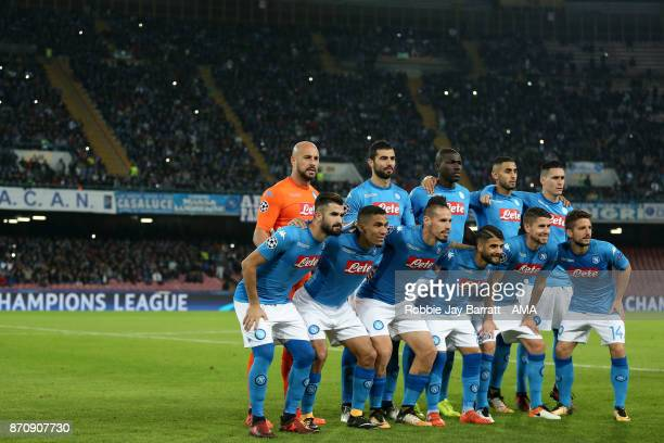Napoli players pose for a team photo during the UEFA Champions League group F match between SSC Napoli and Manchester City at Stadio San Paolo on...