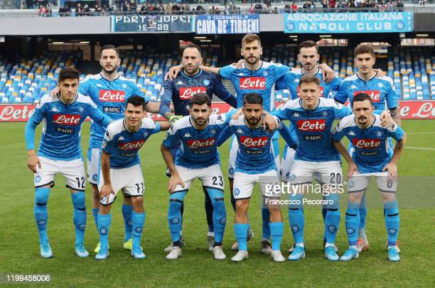 Napoli players pose for the team photo before the Coppa Italia match between SSC Napoli and Perugia on January 14 2020 in Naples Italy