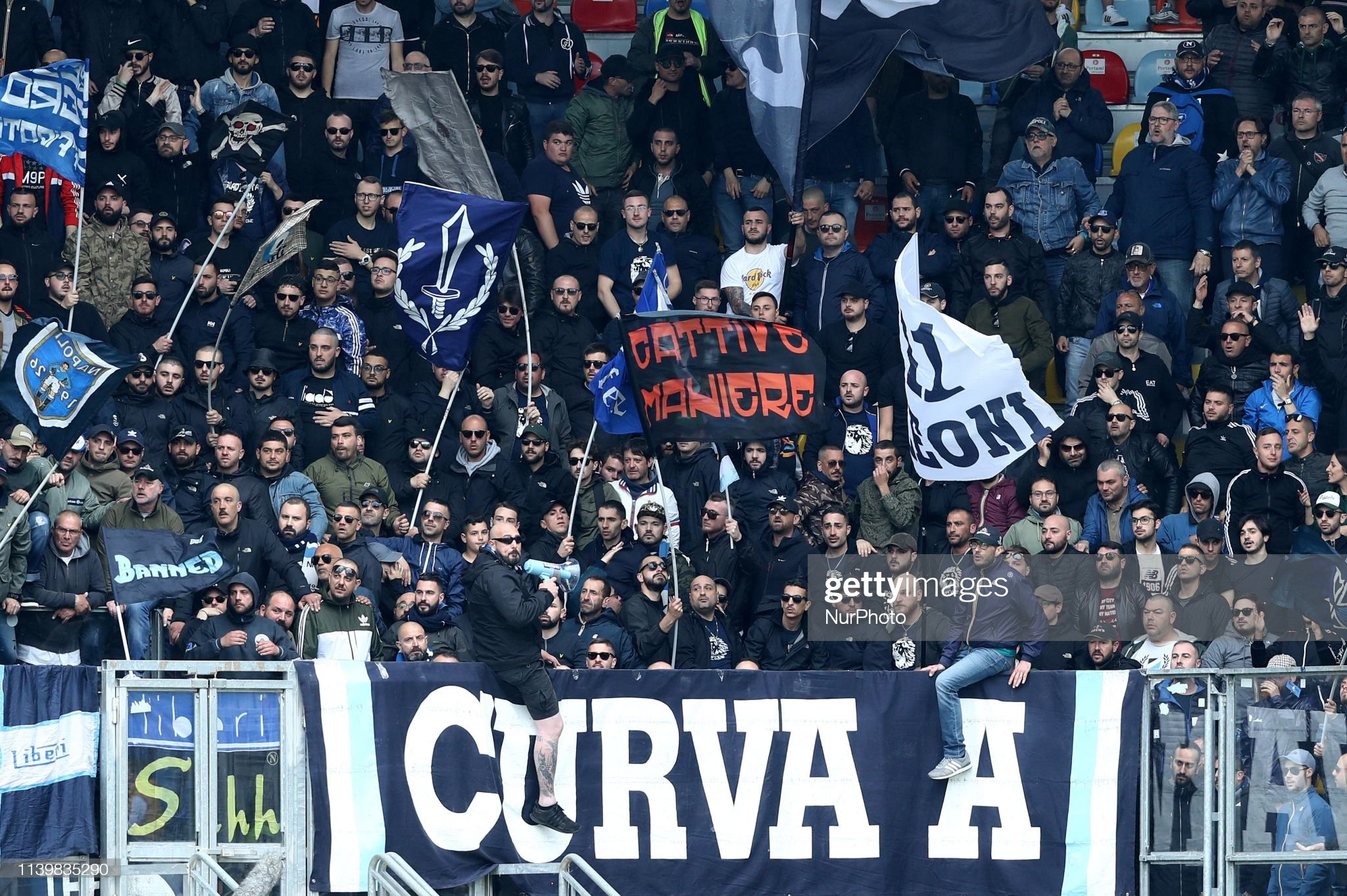 napoli-supporters-during-the-italian-serie-a-football-match-frosinone-picture-id1139835290?s=2048x2048
