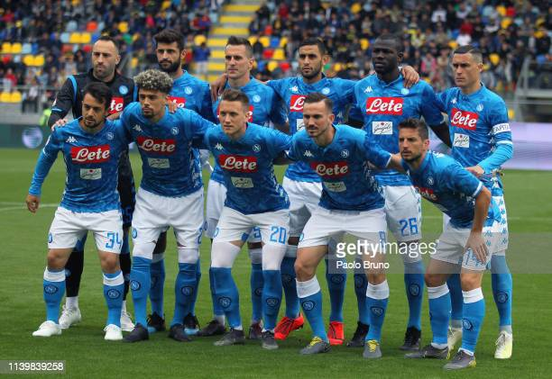 Napoli team poses during the Serie A match between Frosinone Calcio and SSC Napoli at Stadio Benito Stirpe on April 28 2019 in Frosinone Italy
