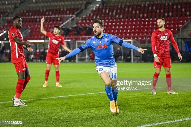 Napoli's Belgian forward Dries Mertens celebrates scoring his team's first goal the during the UEFA Europa League match between AZ Alkmaar and SSC...