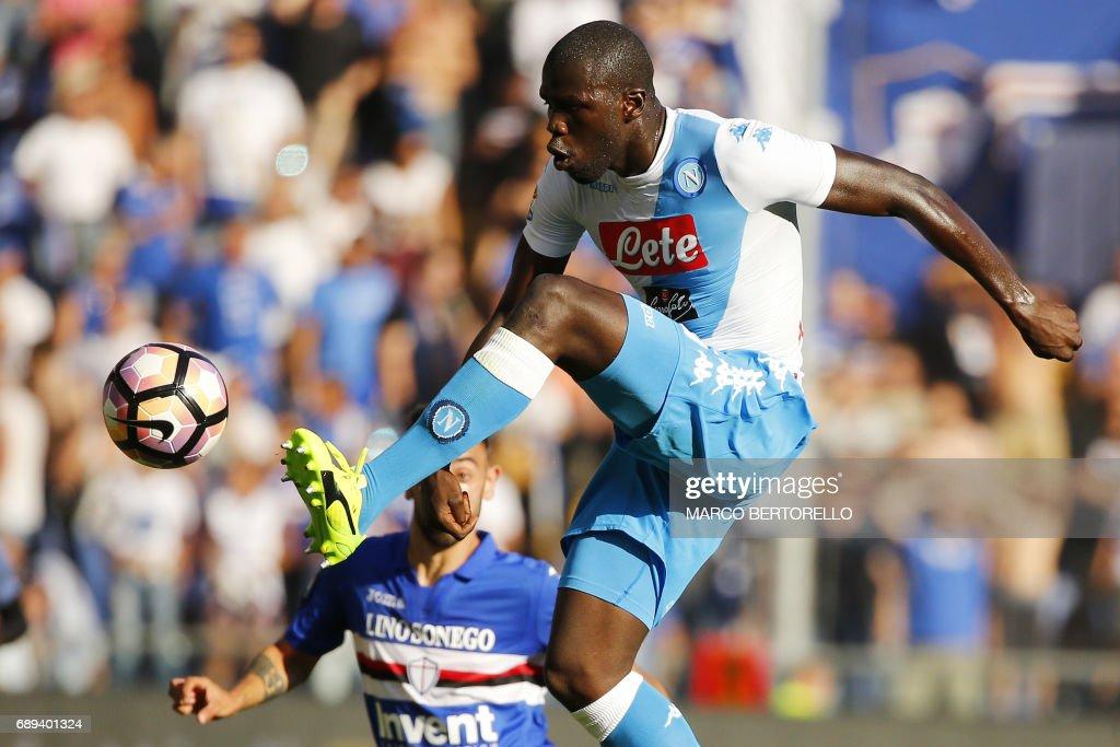 Napoli's defender Kalidou Koulibaly from France controls the ball during the Italian Serie A football match Sampdoria Vs Napoli on May 28, 2017 at the 'Luigi Ferraris' in Genoa. / AFP PHOTO / Marco BERTORELLO