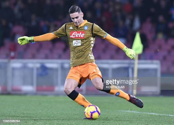 STADIUM NAPLES CAMPANIA ITALY Napoli's Italian goalkeeper Alex Meret kicks the ball during the Italian Serie A football match SSC Napoli vs UC...