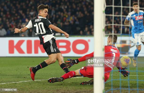 STADIUM NAPLES CAMPANIA ITALY Napoli's Italian goalkeeper Alex Meret makes a save against Juventus' Argentinian forward Paulo Dybala during the...
