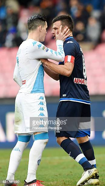 Napolis player Jose Callejon have a debate with Pescara Calcio player Ledian Memushaj during the Serie A match between SSC Napoli and Pescara Calcio...