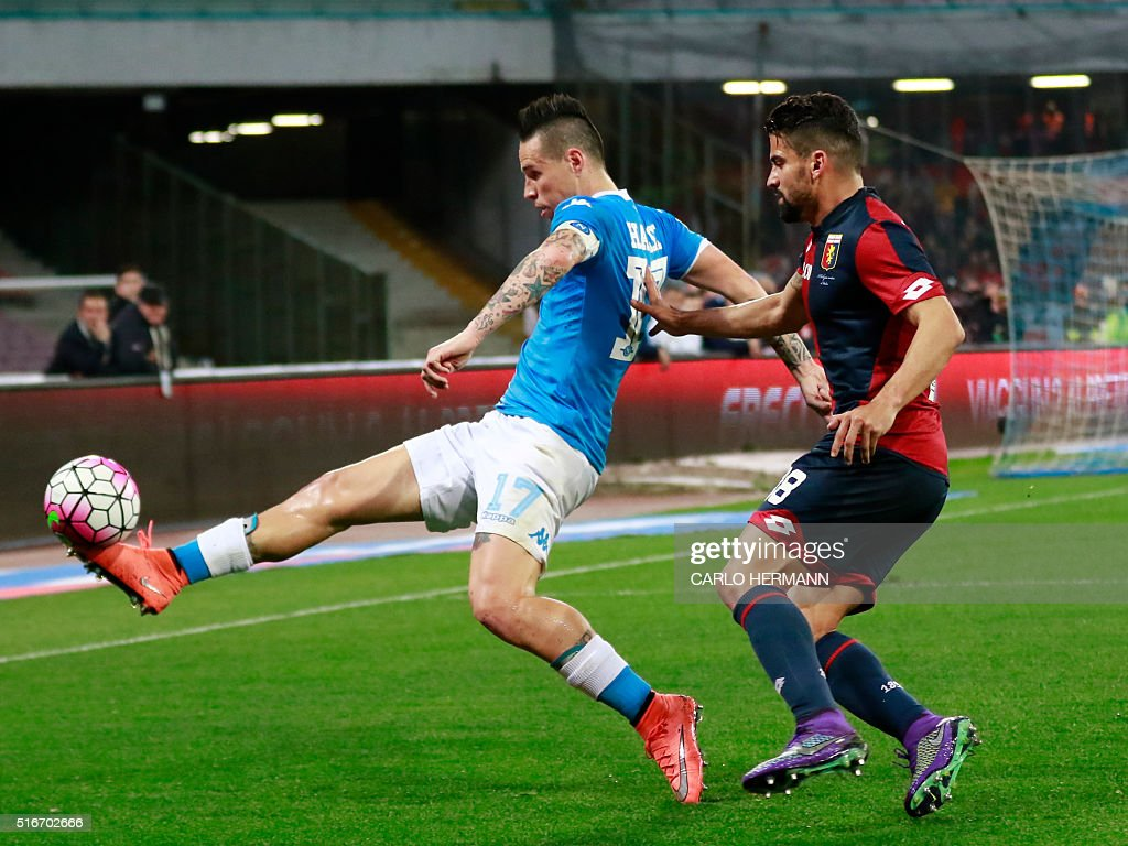 Napoli S Slovak Forward Marek Hamsik Fights For The Ball With Genoa S News Photo Getty Images