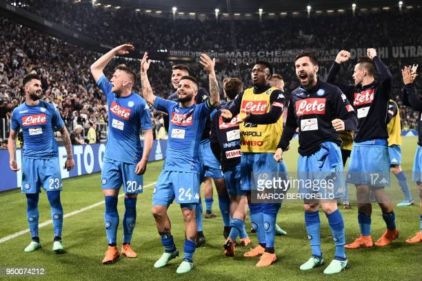 Napoli's teamplayers celebrate after winning the end of the Italian Serie A football match between Juventus and Napoli on April 22 2018 at the...