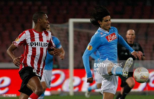 Napoli's Uruguayan forward edinson Cavani fights for the ball with PSV Eindhoven's Brazilian defender Marcelo during the UEFA Europa league Group F...