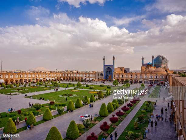 naqsh-e jahan square in isfahan, iran - 26 april 2017 - isfahan stock-fotos und bilder
