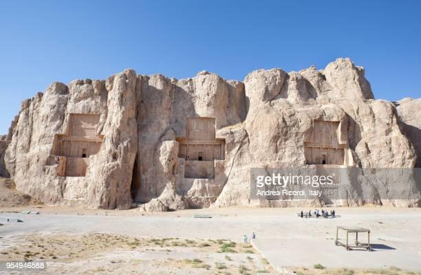 naqsh-e rostam persian necropolis, iran - shiraz stock pictures, royalty-free photos & images