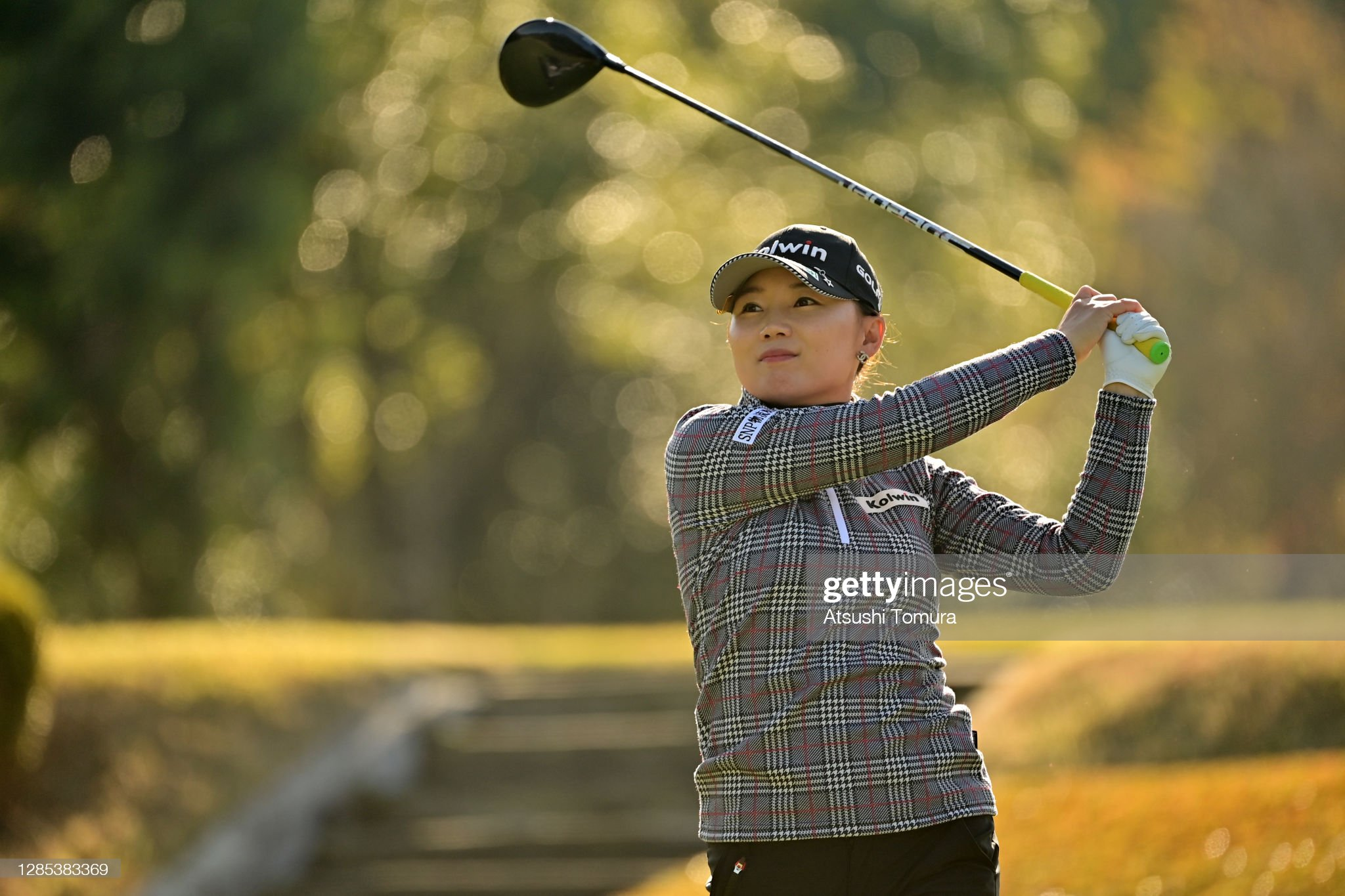 https://media.gettyimages.com/photos/nari-lee-of-south-korea-hits-her-tee-shot-on-the-3rd-hole-during-the-picture-id1285383369?s=2048x2048