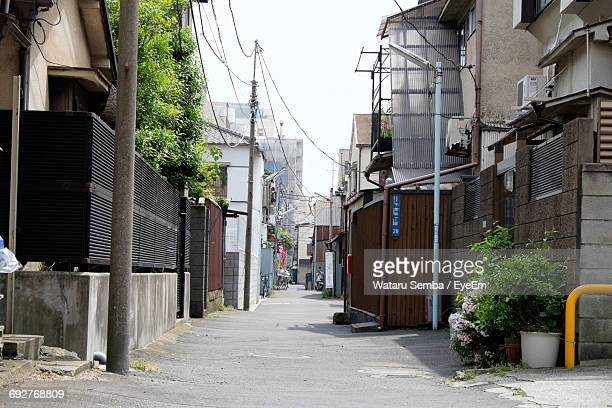 narrow alley in city - alley stock pictures, royalty-free photos & images