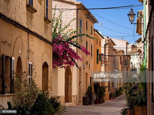 Narrow alleyway, Alcudia, Majorca, Balearic Islands, Spain