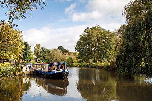 Narrow Boat on Avon Canal 873536026