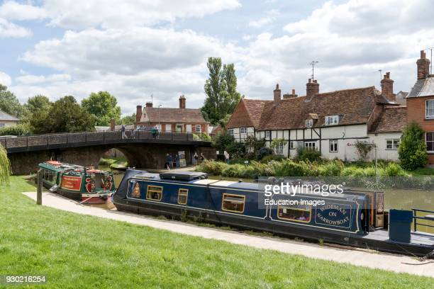 Narrow boats on the Kennet and Avon Canal at Hungerford Berkshire England UK