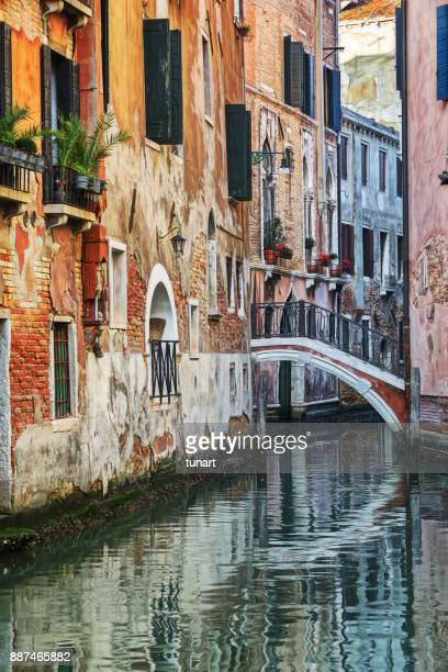 narrow canals of venice, italy - gondola traditional boat stock pictures, royalty-free photos & images