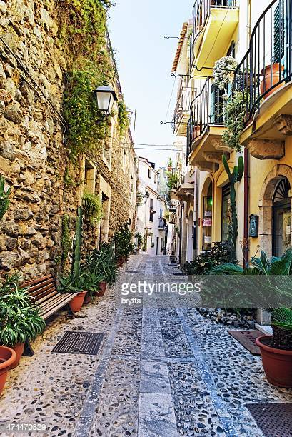 narrow street in scilla, calabria - reggio calabria stock pictures, royalty-free photos & images