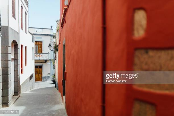Narrow street lined with houses, , residential, mediterranean culture, Teror, Canary Island