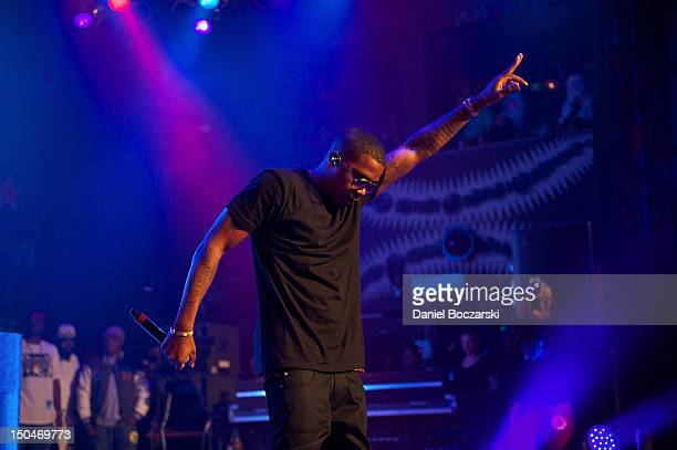 Nas performs at Heineken Red Star Access Chicago featuring Nas Pusha T DJ Kiss and hosted by Affion Crockett at House of Blues Chicago on August 18...