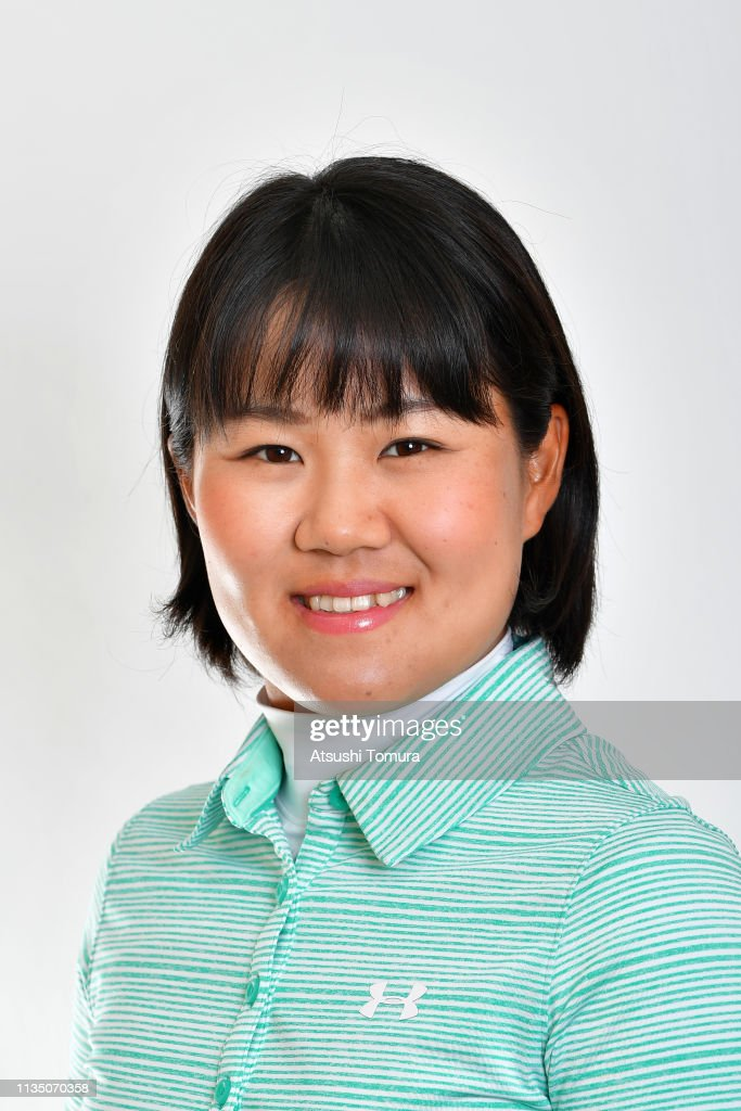 https://media.gettyimages.com/photos/nasa-hataoka-of-japan-poses-during-the-2019-lpga-portrait-session-at-picture-id1135070358