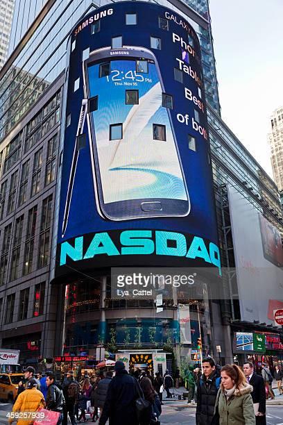 nasdaq new york city - nasdaq stock pictures, royalty-free photos & images