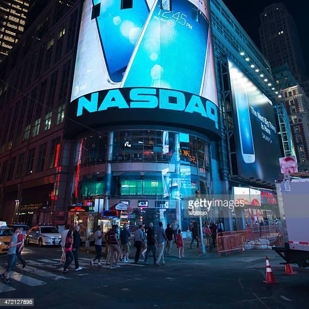 nasdaq stock exchange - nasdaq stock pictures, royalty-free photos & images