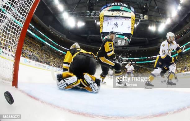Nashville Predators center Frederick Gaudreau scores a third period goal against Pittsburgh Penguins goalie Matt Murray in Game One of the 2017 NHL...