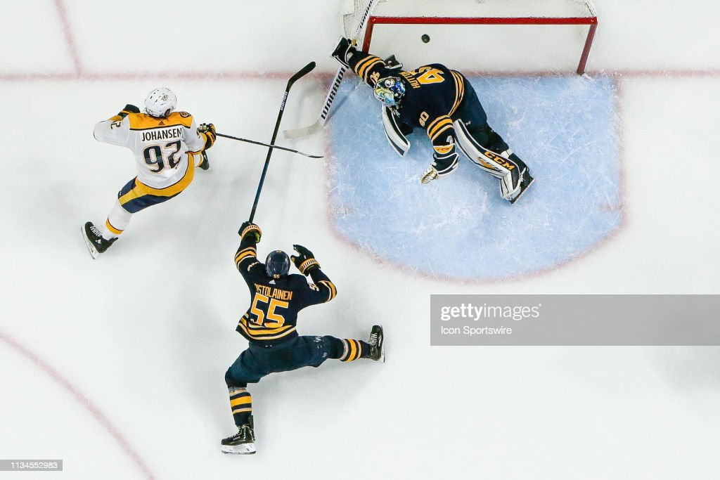 NHL: APR 02 Predators at Sabres : News Photo