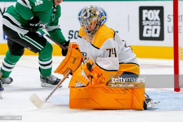 Nashville Predators Goalie Juuse Saros makes a save during the game between the Nashville Predators and Dallas Stars on January 24, 2021 at American...