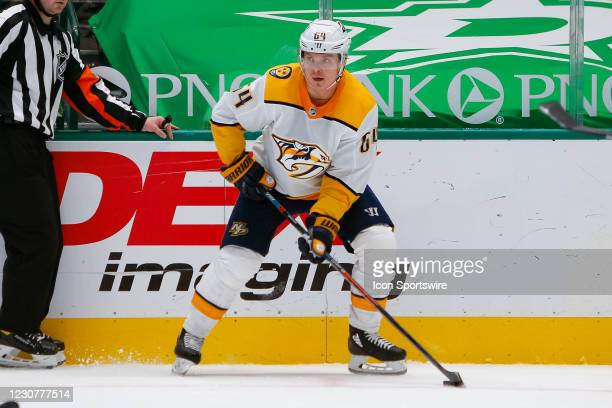Nashville Predators Left Wing Mikael Granlund looks to make a pass during the game between the Nashville Predators and Dallas Stars on January 24,...