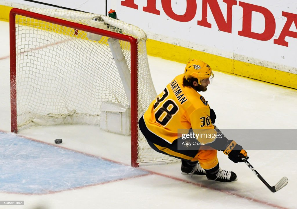 Stanley Cup Playoffs Colorado vs Nashville game two : News Photo