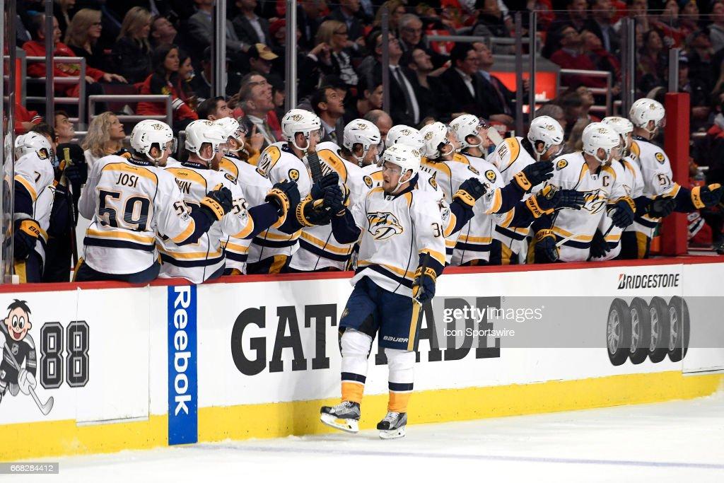 NHL: APR 13 Round 1 Game 1 - Predators at Blackhawks : News Photo