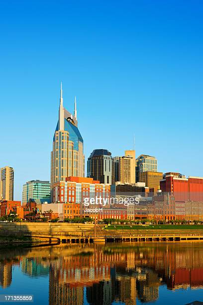 nashville skyline - nashville stock pictures, royalty-free photos & images