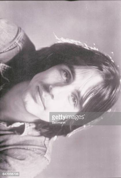 Jackson Browne says he's more of a 'happy idiot' than a sensitive moody songwriter 'That's what the writers always call me 'sensitive yet somehow...