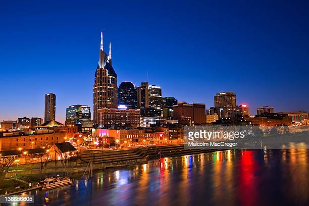 nashville, tennessee - nashville skyline stock pictures, royalty-free photos & images