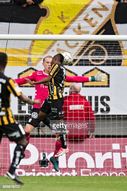 Nasiru Mohammed of BK Hacken scores 11 behind Pontus Dahlberg goalkeeper of IFK Goteborg during the Allsvenskan match between IFK Goteborg and BK...