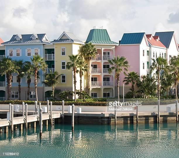 nassau, bahamas, beachfront homes - ナッソー ストックフォトと画像