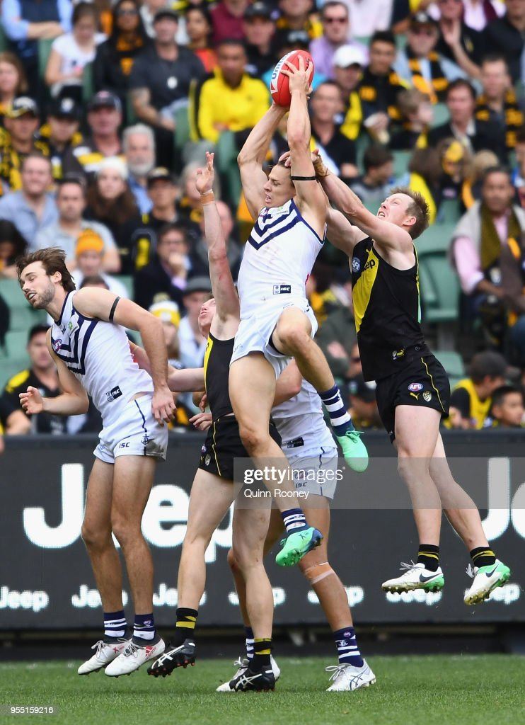 Nat Fyfe of the Dockers marks during the round seven AFL match between the Richmond Tigers and the Fremantle Dockers at Melbourne Cricket Ground on May 6, 2018 in Melbourne, Australia.