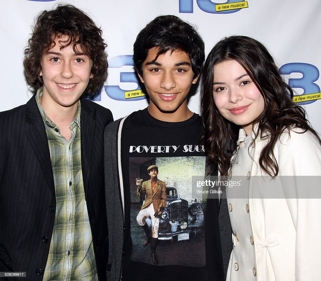 È Miranda Cosgrove dating Nat Wolff
