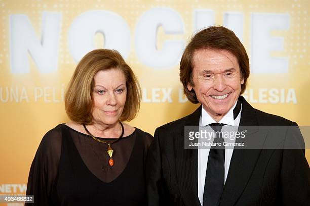 Natalia Figueroa and Raphael attend 'Mi Gran Noche' premiere at Kinepolis Cinema on October 20 2015 in Madrid Spain
