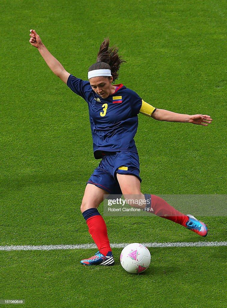 Olympics Day 1 - Women's Football - USA v Colombia