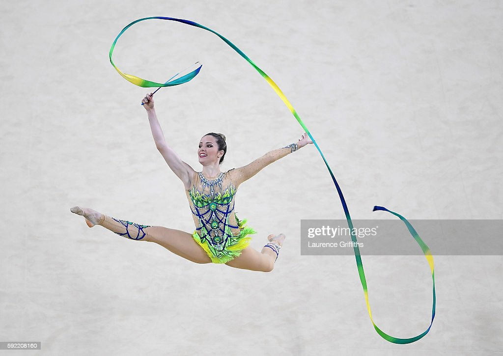 Gymnastics - Rhythmic - Olympics: Day 14 : News Photo
