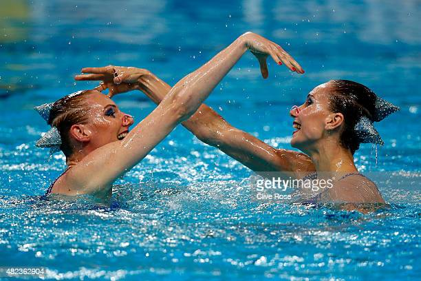 Natalia Ishchenko and Svetlana Romashina of Russia compete in the Women's Duet Free Synchronised Swimming Final on day six of the 16th FINA World...